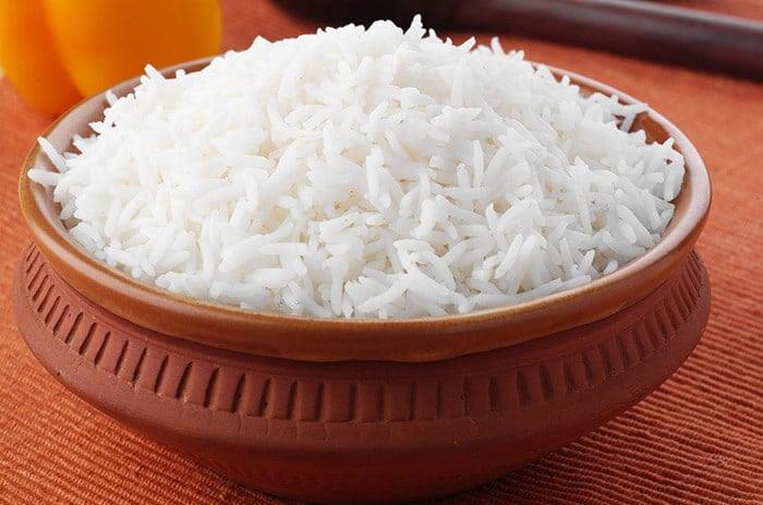 pirinač ili riža kao lek ilustracija.
